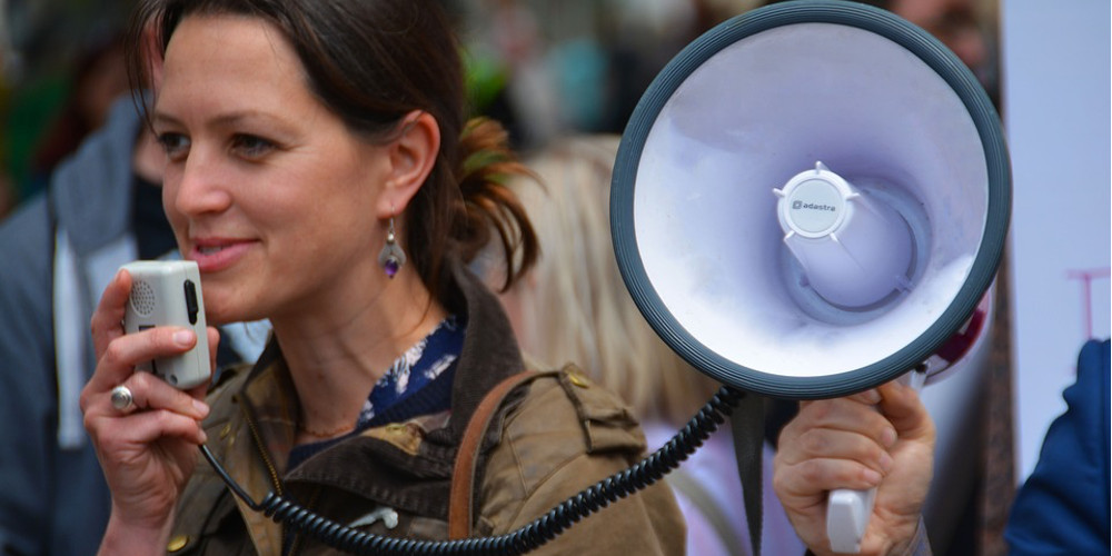 Why the right to speak does not make it right to speak